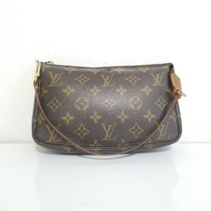 Louis Vuitton Pochette Accessoires small shoulder